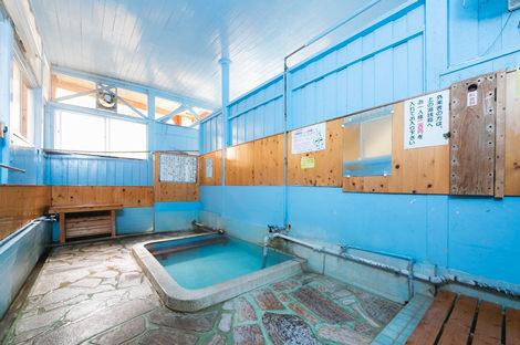 町のあちこちで出会うむし場と共同浴場1